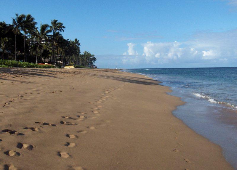 Kaanapali_beach_Maui
