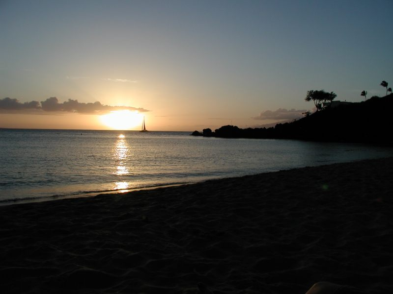 Maui_Sunset_Sailboat_2
