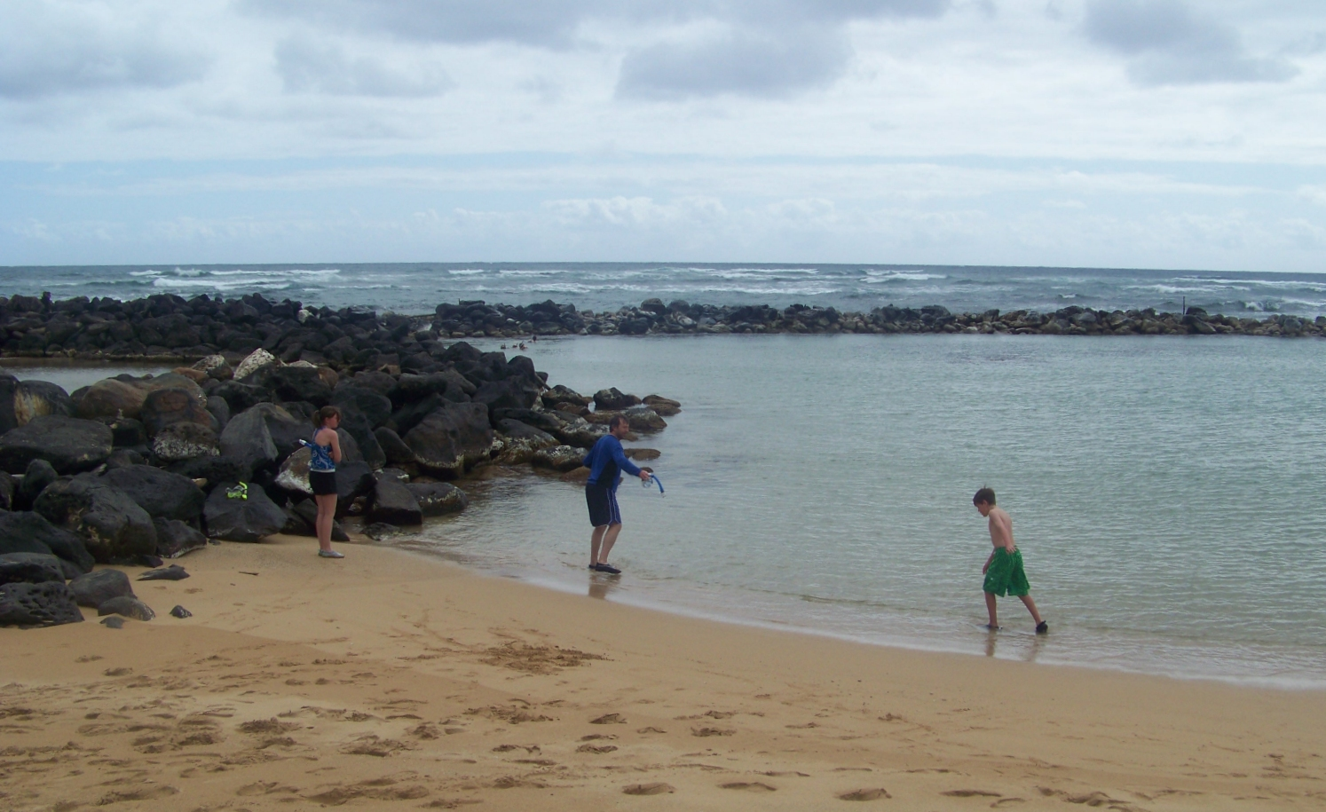 Snorkelling at Lydgate state park in Kauai