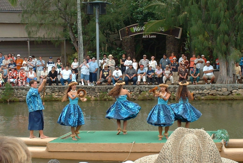 hula girls at the Polynesian Culture Center in Oahu